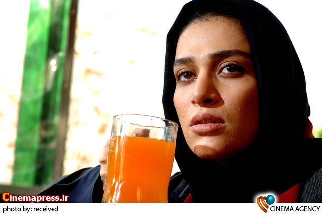 اندیشه فولادوند: فیلم سینمایی «دوساعت بعد مهرآباد» به قلب من نزدیک است