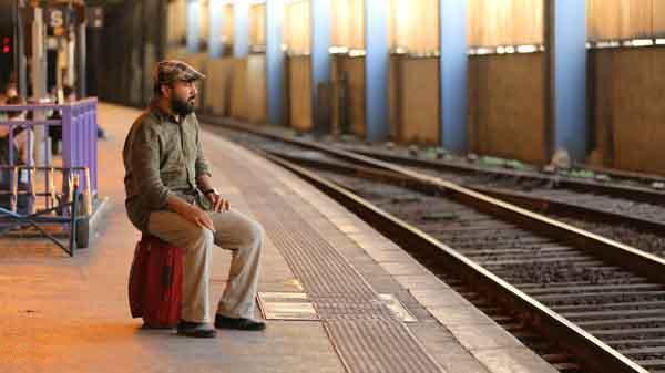 ردکارپت رضا عطاران کارگردان مشهدی در صدر فروش سومین روز جشنواره فیلم فجر مشهد قرار گرفت