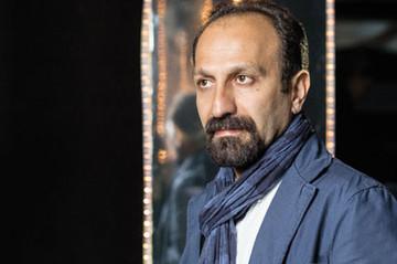 اصغر فرهادی تحت الحفظ در کاخ جشنواره به تماشای «خانه پدری» نشست!