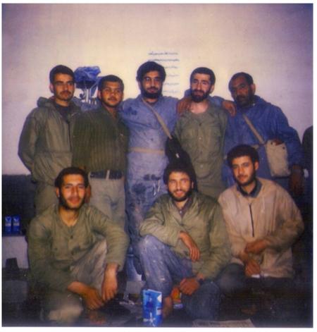 بعید است به جا بیاورید: تصویر جالب رضا میرکریمی در کنار مهران رجبی در جبهه های جنگ تحمیلی